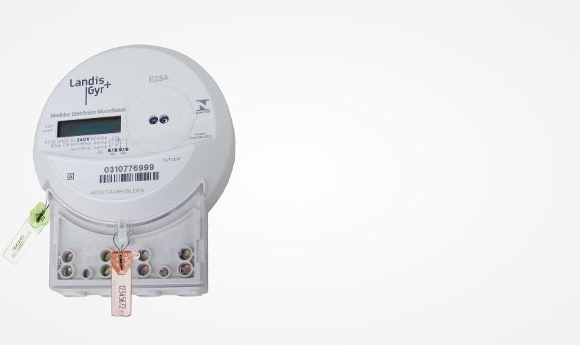 aplicacao-lacres-de-seguranca-servicos-publicos-medidor-de-energia