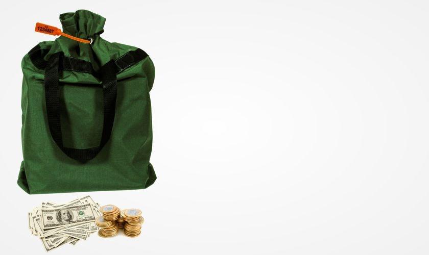 aplicacao-lacres-de-seguranca-pullock-transporte-de-valores-sacos-de-dinheiro